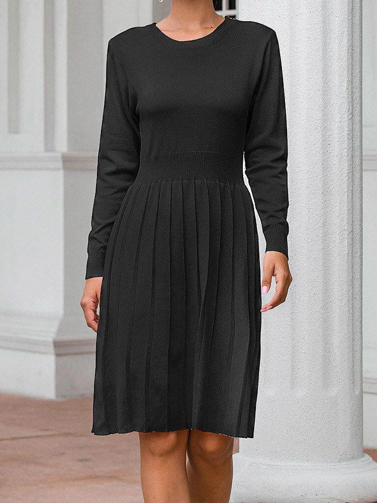 Solid Pleated Long Sleeve O-neck Knitted Casual Dress