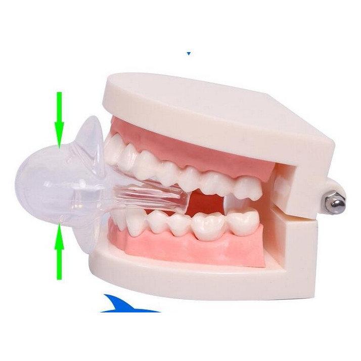 食品グレードのシリコーン舌いびきストッパーアンチいびき安定装置睡眠時無呼吸補助