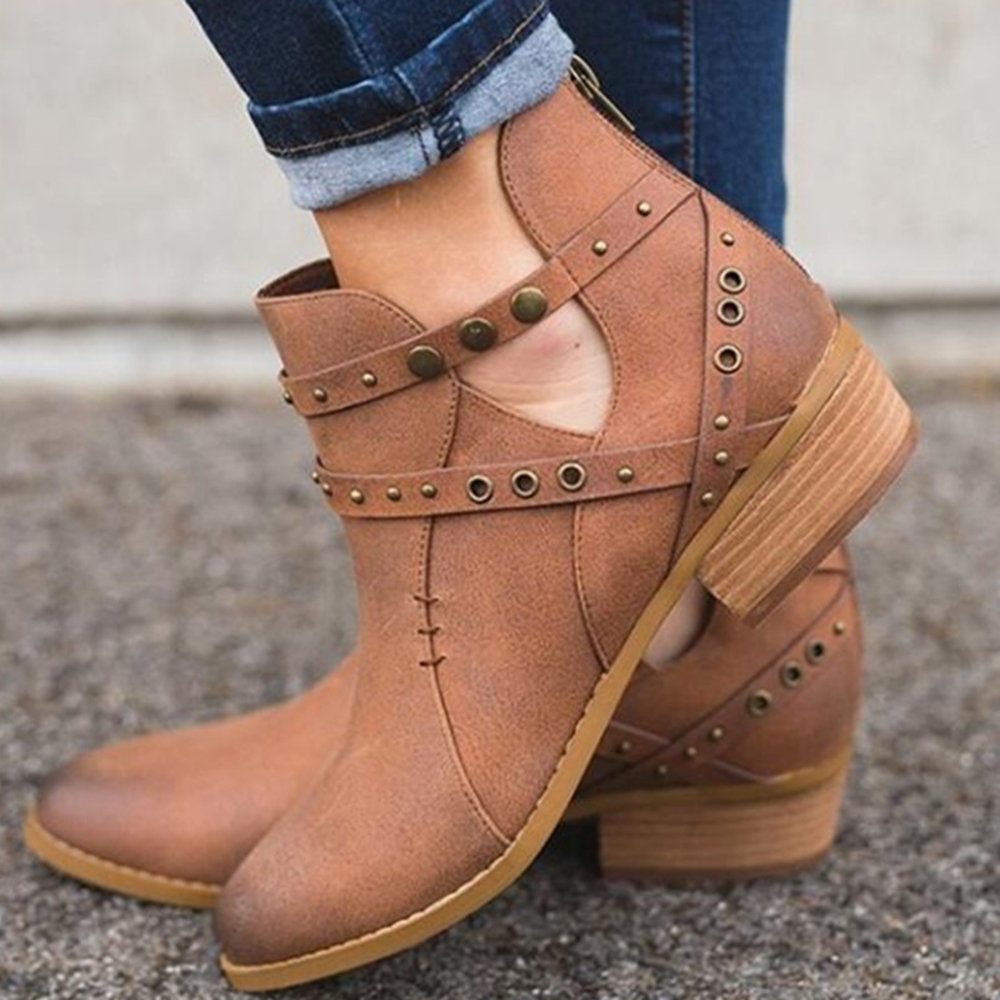 Rivet Platform Zipper Ankle Boots