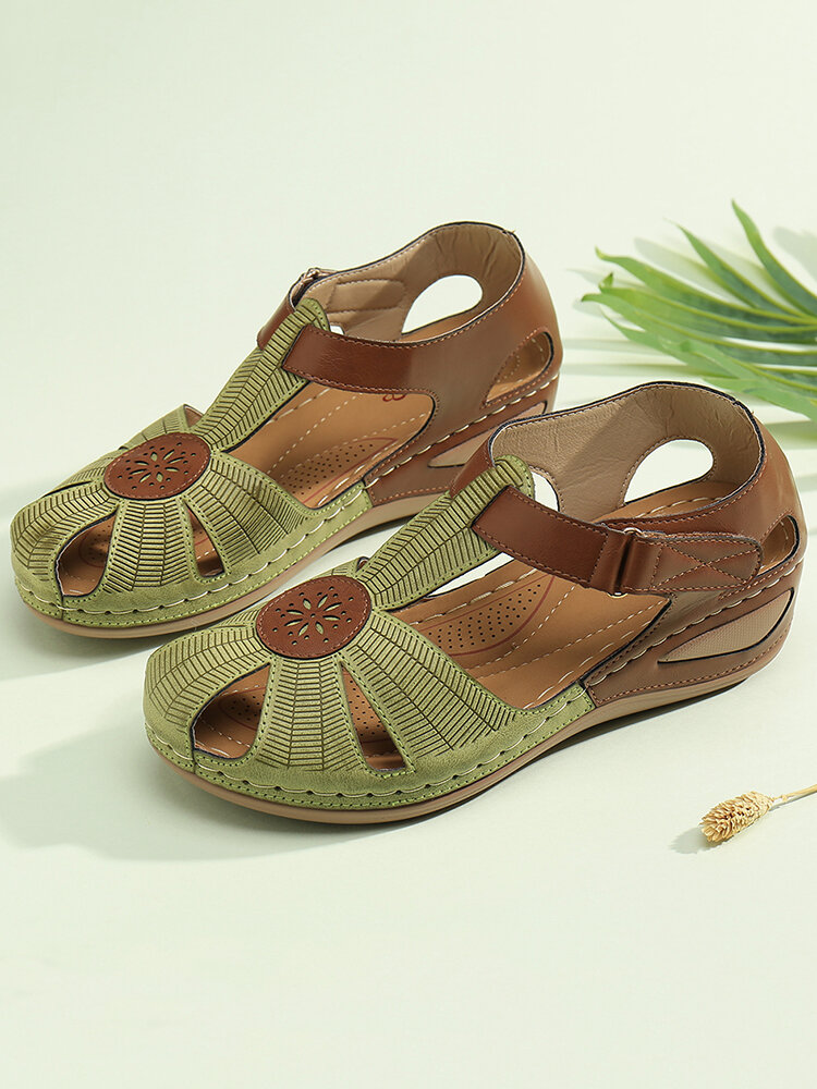 LOSTISY Women Flower Hollow Breathable Non Slip Beach Casual Wedges Sandals