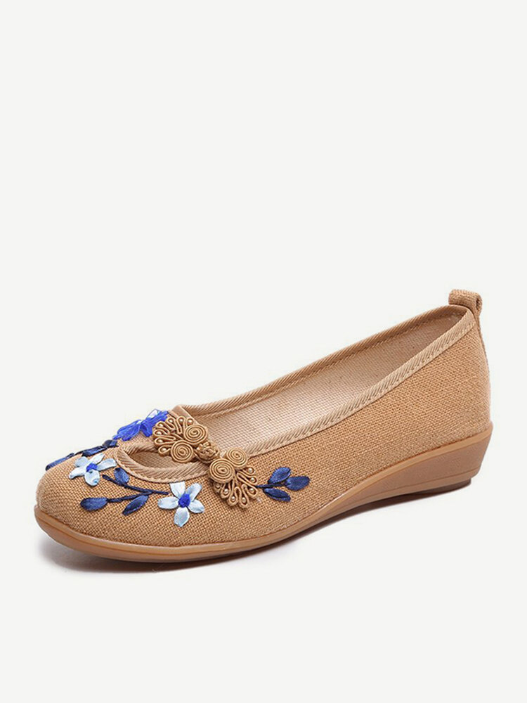 Frog Buttons Flower Old Peking Casual Flat Loafers