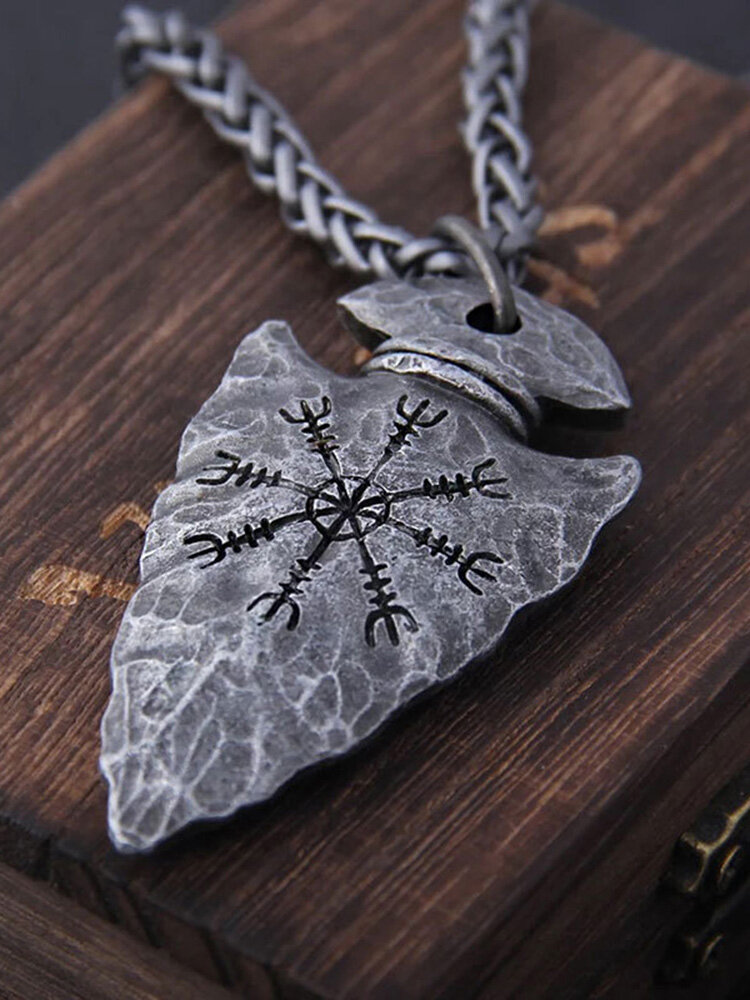 Vintage Triangle Rune Compass Men Necklace Alloy Carved Women Jewelry