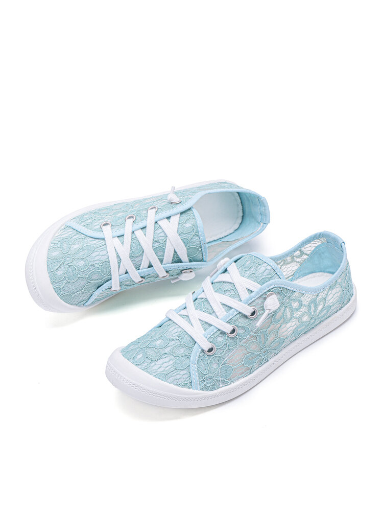 Plus Size Comfy Soft Flowers Lace Strappy Flat Snaekers For Women