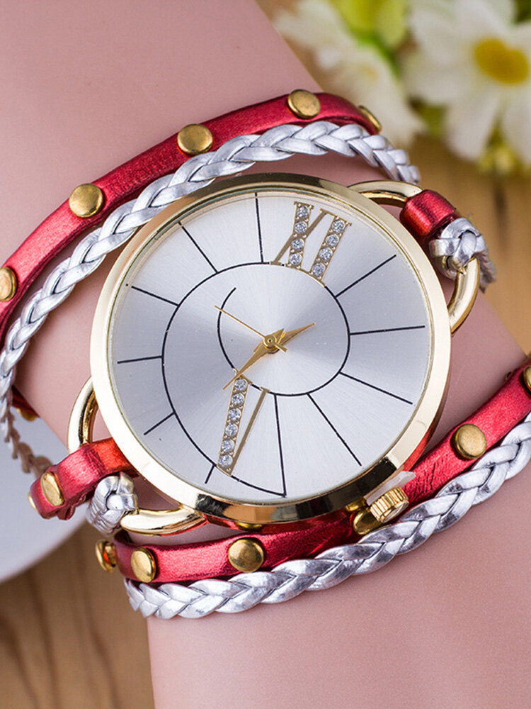 Trendy Rivet Butterfly Winding Watch Three Circle Leather Quartz Watch For Women