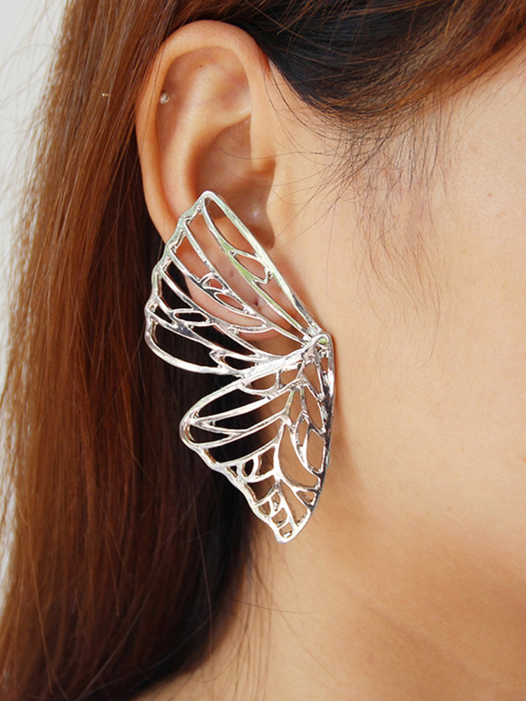 Vintage Exaggerated Hollow Butterfly Earrings Geometric Metal Stereoscopic Animal Stud Earrings