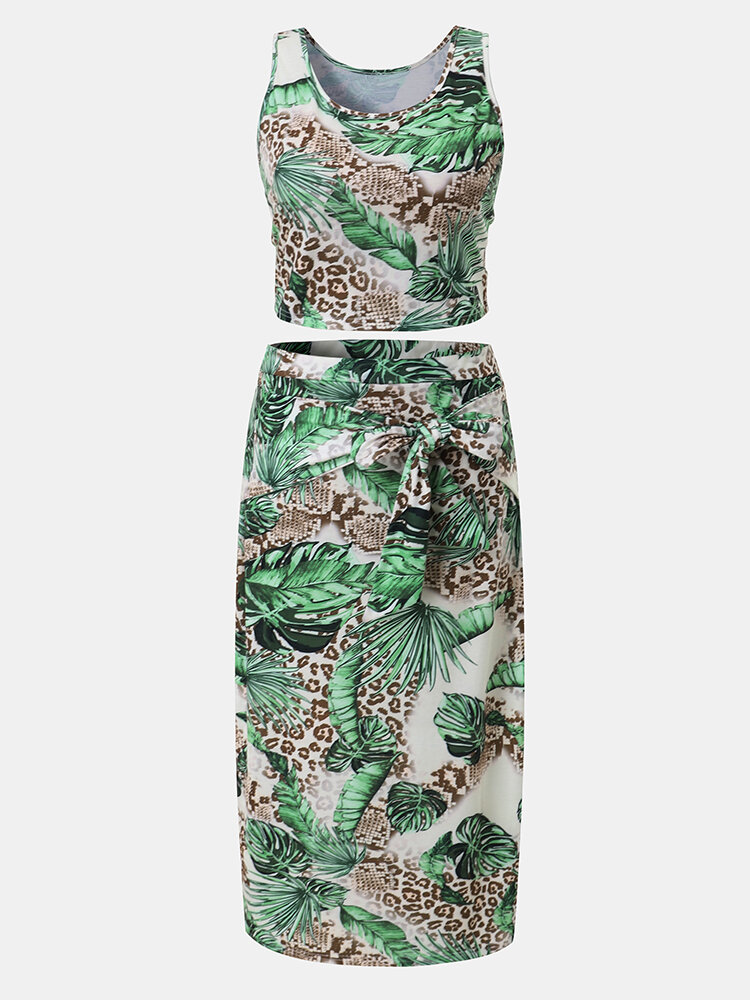 Leopard Leaves Tank Top & Knotted Bodycon Skirt Plus Size Suit