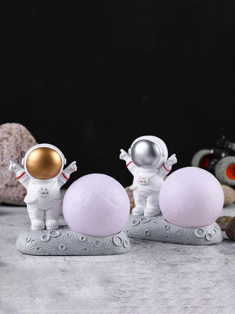 1個の創造性彫刻宇宙飛行士宇宙飛行士モデル住宅樹脂手工芸品デスク装飾