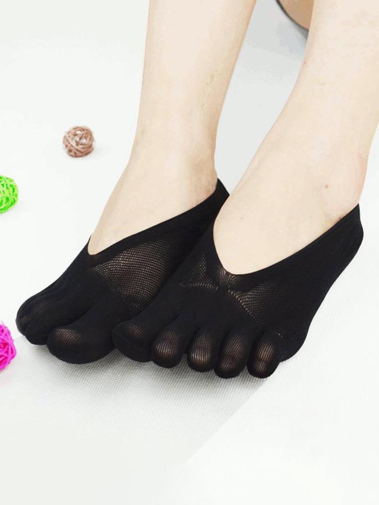 جوارب نسائية شبكية رفيعة للغاية بفتحات خمسة أصابع صلبة اللون جوارب قارب غير مرئية مضادة للانزلاق