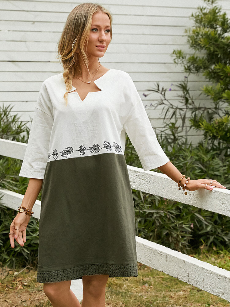 Flower Embroidery Contrast Color Pocket Casual Dress