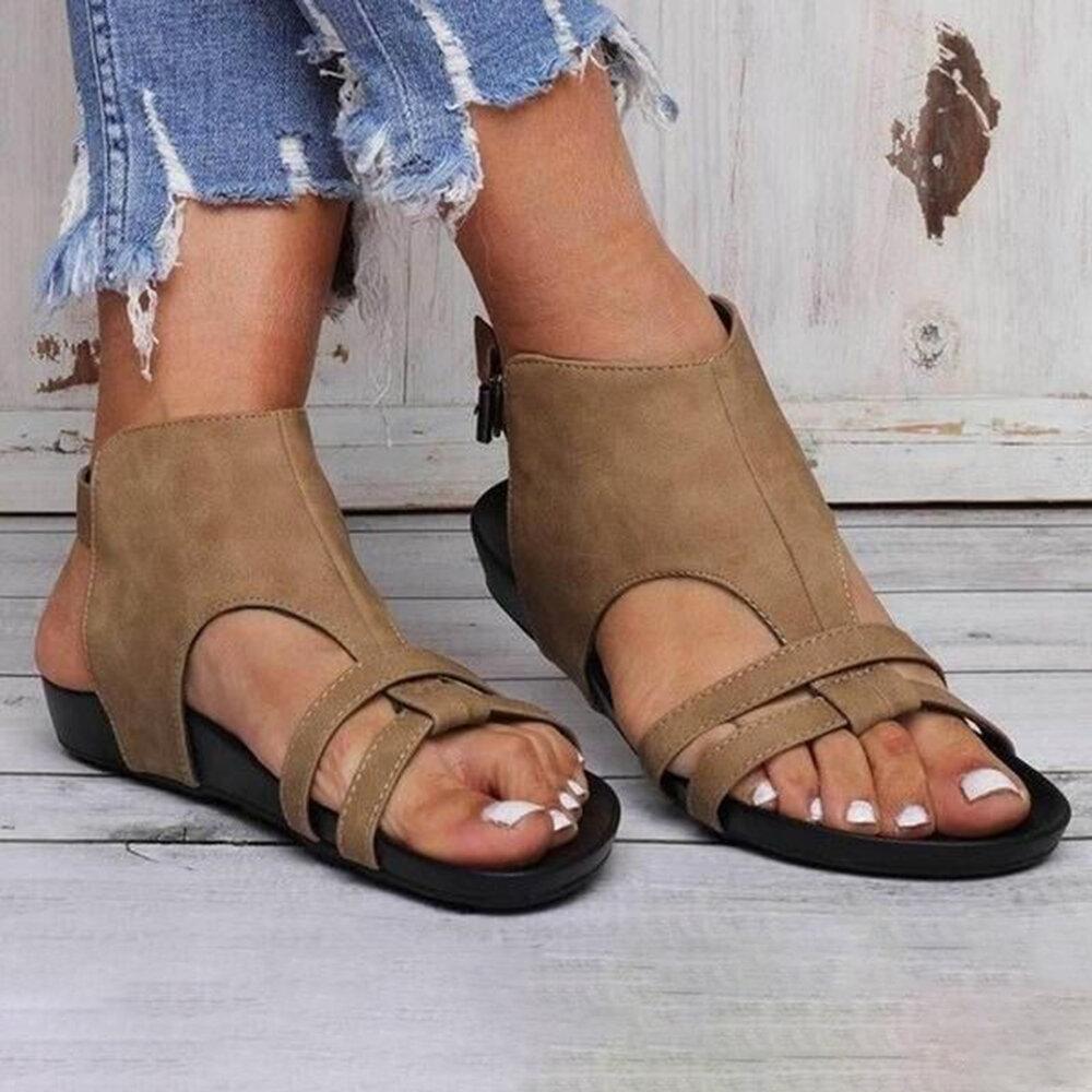 Plus Size Women Casual Roman Solid Color Hollow Buckle Flat Sandals
