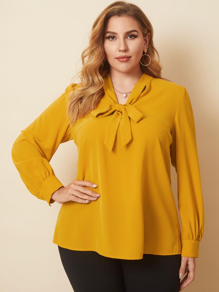 Einfarbige Langarm-Bluse mit V-Ausschnitt und geknoteter Plus-Größe für Damen