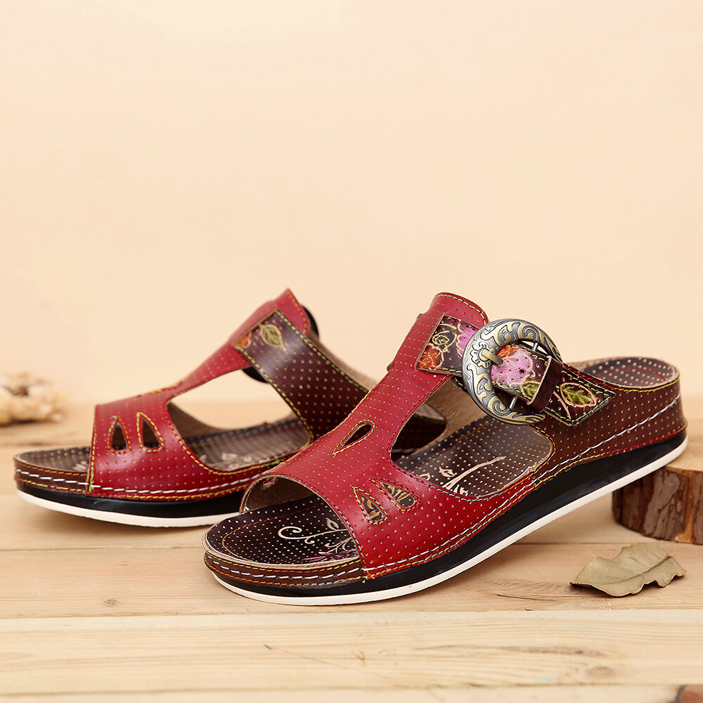 SOCOFY Retro Leather Buckle Strap Embossed Floral Stitching Flat Slides Sandals