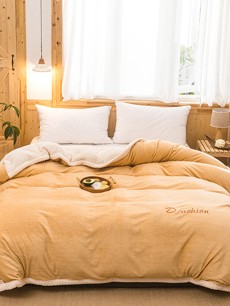 1 Pc Yellow Flannel Double-Use Quilt Cover Double-Sided Winter Thick Warmth Sofa Bedroom Milk Fleece Blanket