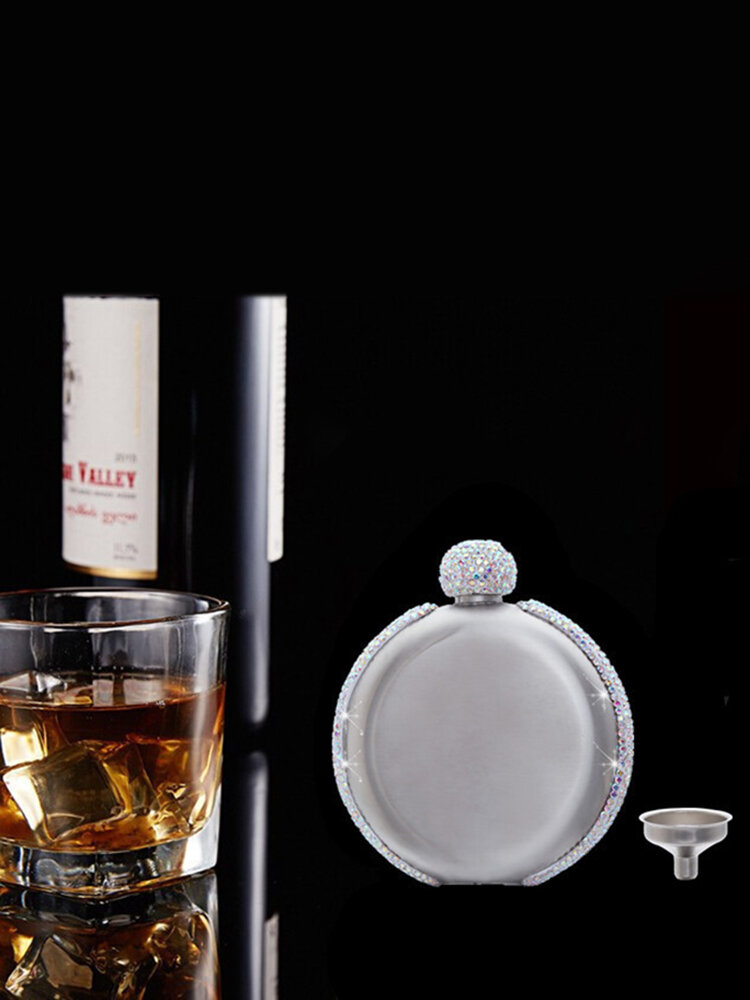 304 Stainless Steel Hip Flask Set Diamond Decor Round Shape Portable 5oz Creative Whisky Wine Alcohol Bottle Bridesmaid Favor Flask Personalized Wedding Party Gifts