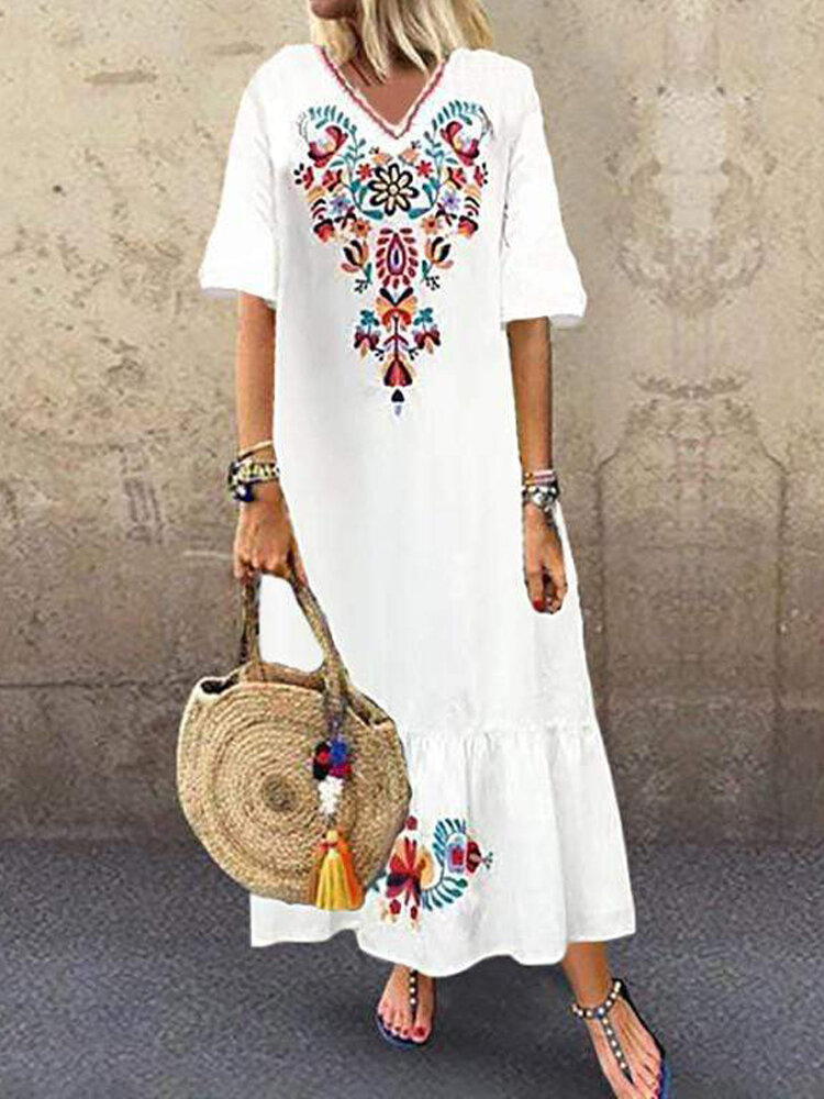 Vintage Embroidery V-neck Plus Size Dress