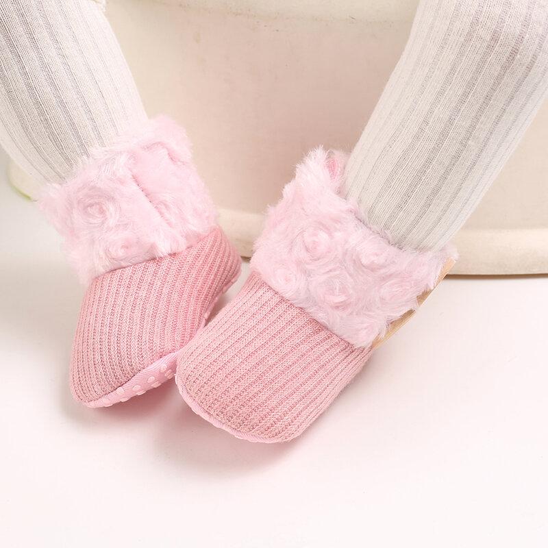حذاء طفل رضيع لطيف مريح أفخم دافئ غير زلة Soft وحيد هوك حلقة أحذية الثلج