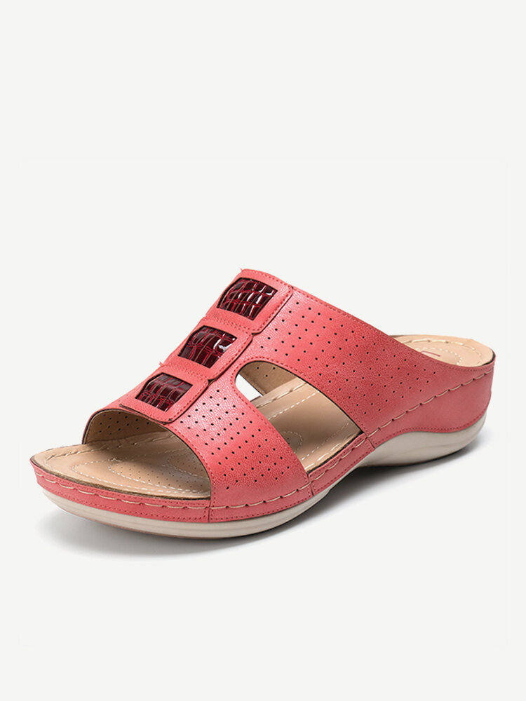 LOSTISY Splicing Hollow Out Opened Toe Casual Wedges Beach Sandals