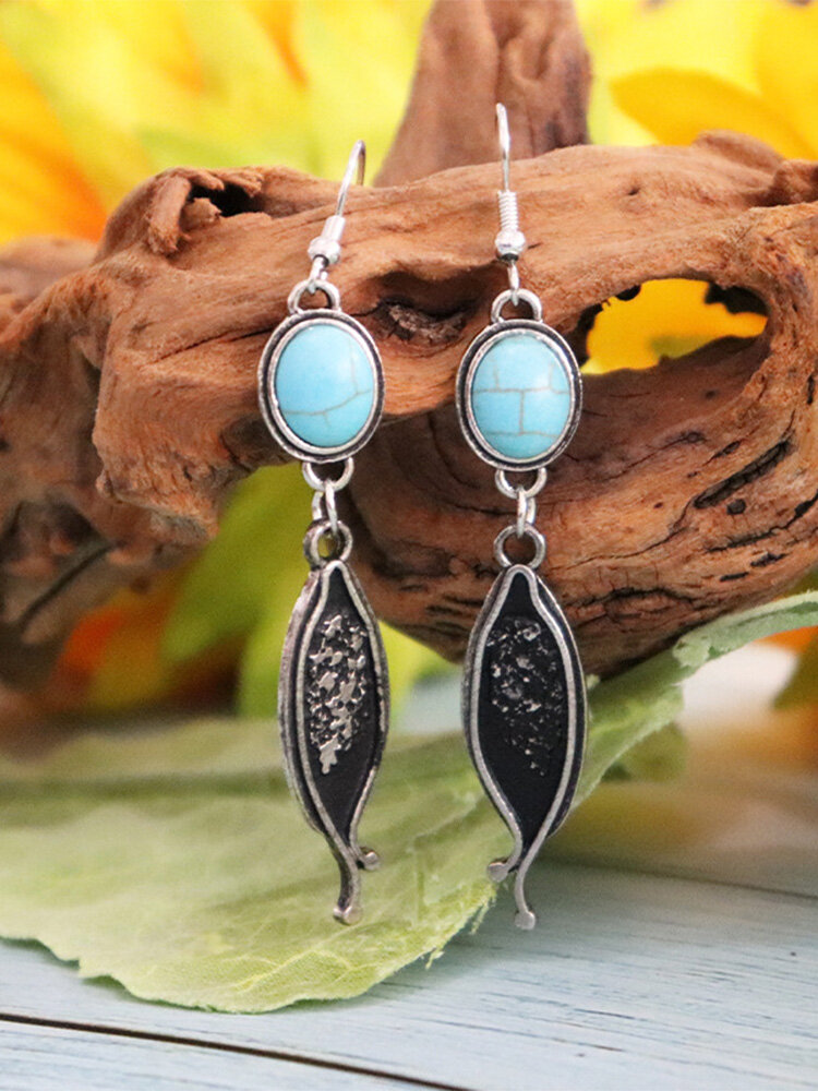 Vintage Ethnic Oval Turquoise And Carved Geometric-shape Pendant Made-old Alloy Earrings