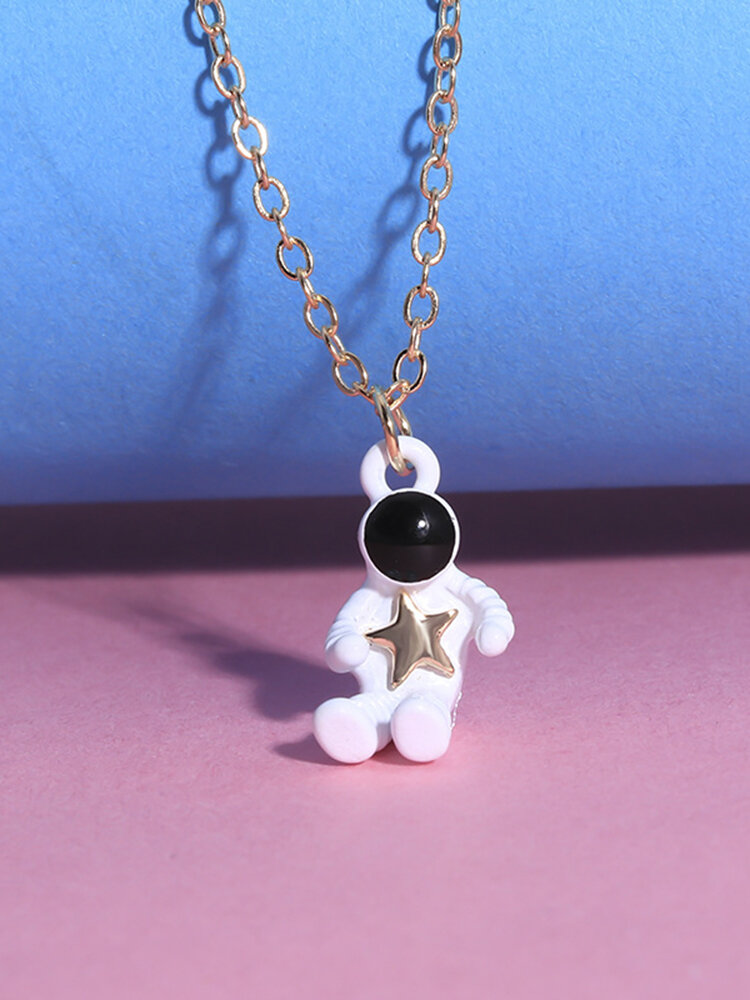 Personality Standing Astronaut Pendant Men Necklace Star Women Sweater Chain Jewelry Gift
