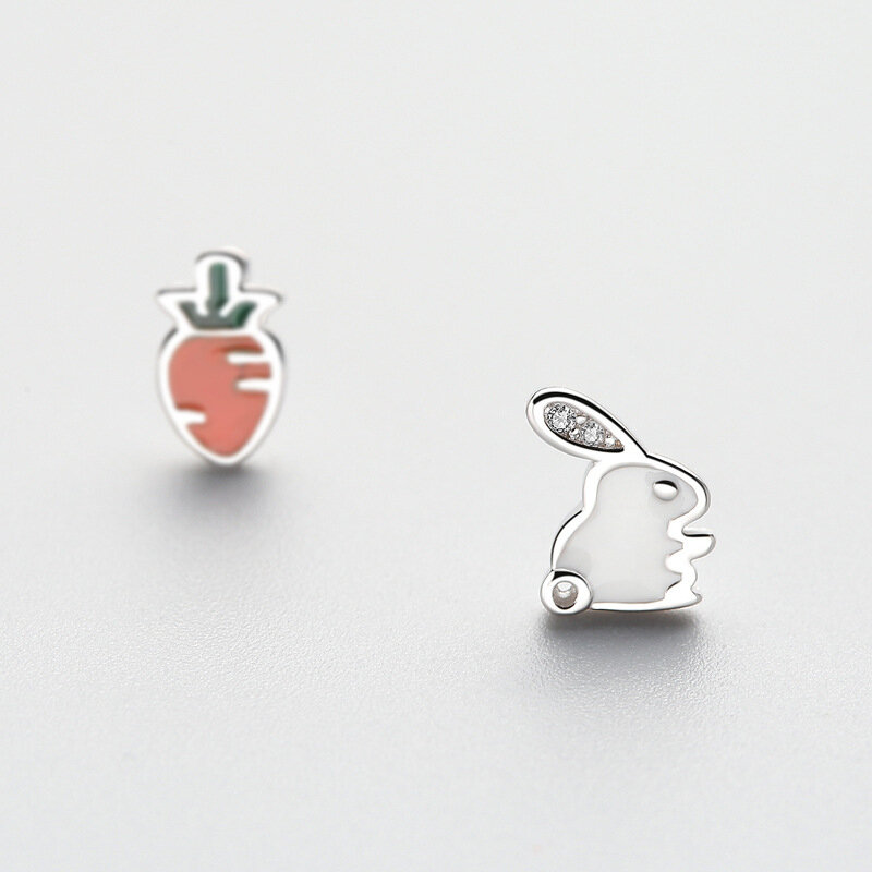925 Sterling Silver Cute Asymmetric Rabbit Carrot Stud Earrings Trendy Zirconia Piercing Earrings