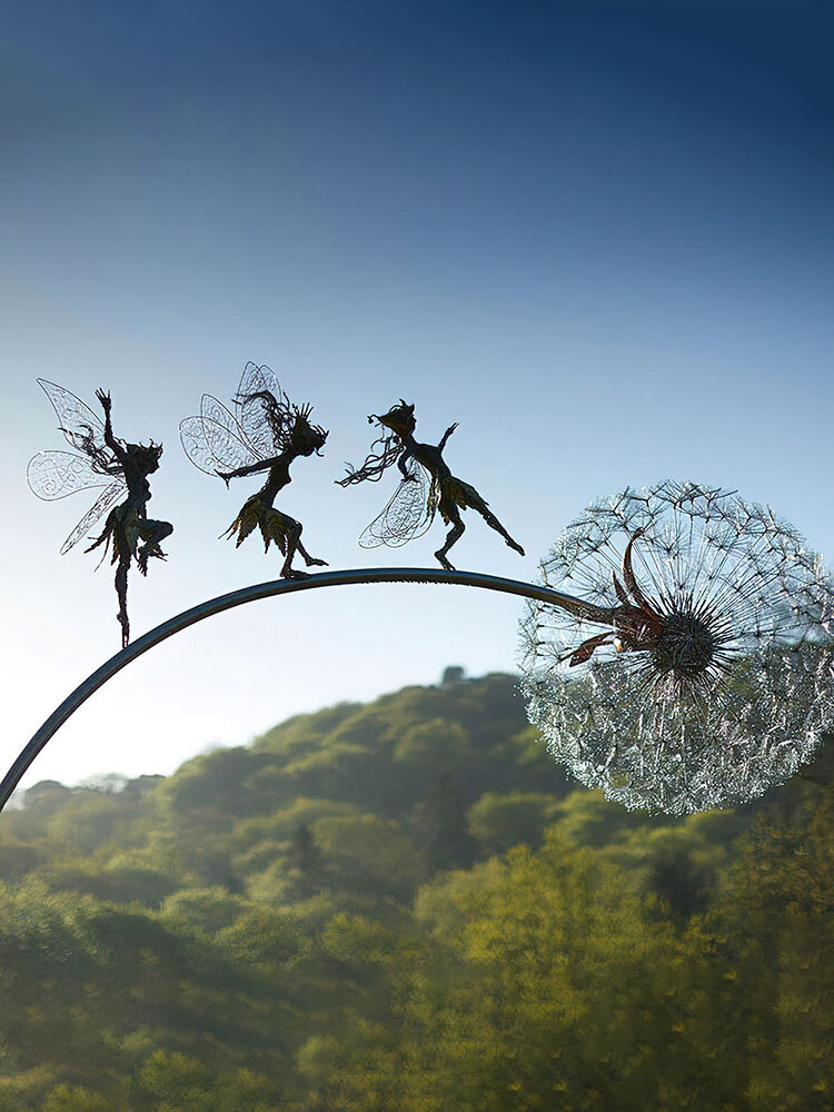 1PCフラワーフェアリーエルフいたずらスピリッツダンスパーフェクトワンダーランドシルエットメタル芝生風景彫刻庭の装飾