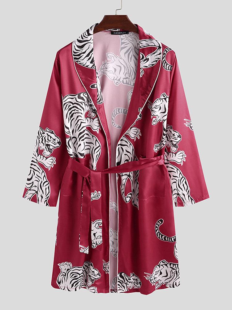 Pijama de seda asequible con estampado de tigre animal para hombre Túnica Cuello chal Ropa de dormir suave