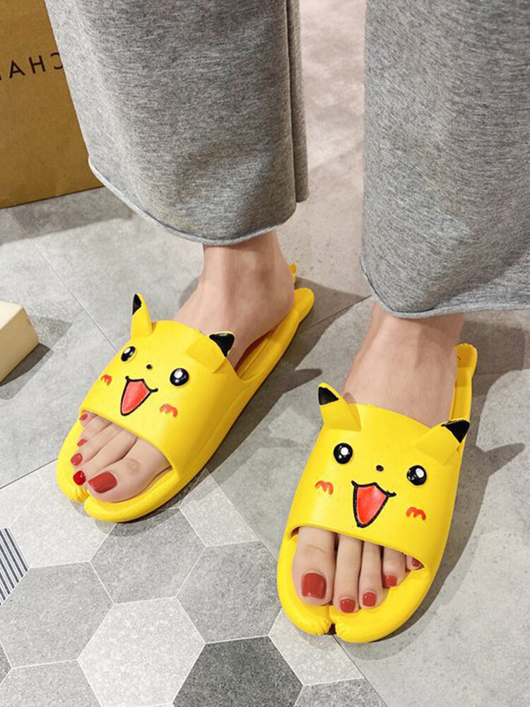 Women Lovely Cartoon Pattern Bathroom Slippers Comfy Lightweight Home Shoes