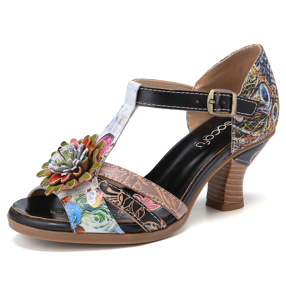SOCOFY Retro Embossed Floral Ethnic Style Stitching Buckle T-Strap Chunky Heel Sandals