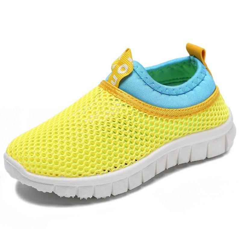 Deslizamento respirável Unisex da malha da cor dos doces dos miúdos em calçados casuais