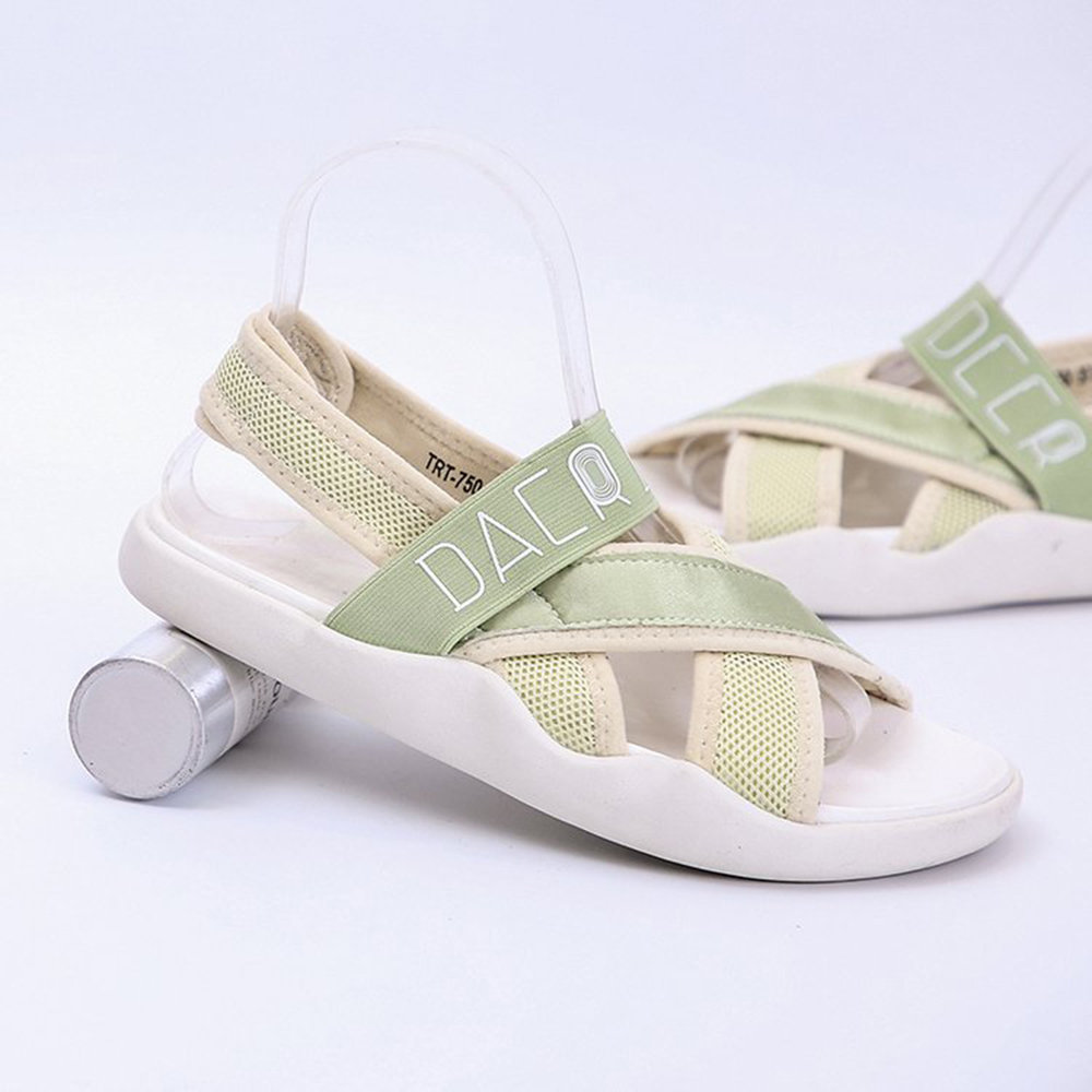 High-quality Lightweight Peep Toe Comfortable Sport Casual Flat Sandals
