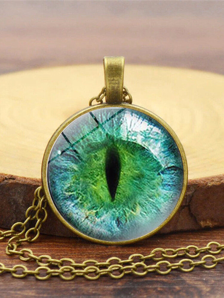 Vintage Alloy Glass Printed Women Necklaces Green Cat Eye Pendant Sweater Chain