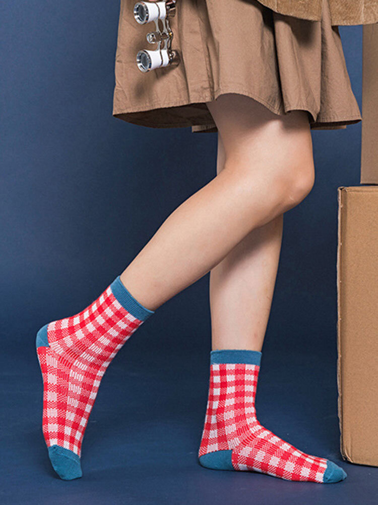 Womens Vogue Casual Satin Cotton Lattice Socks Wild Soft Comfortable Middle Tube Socks
