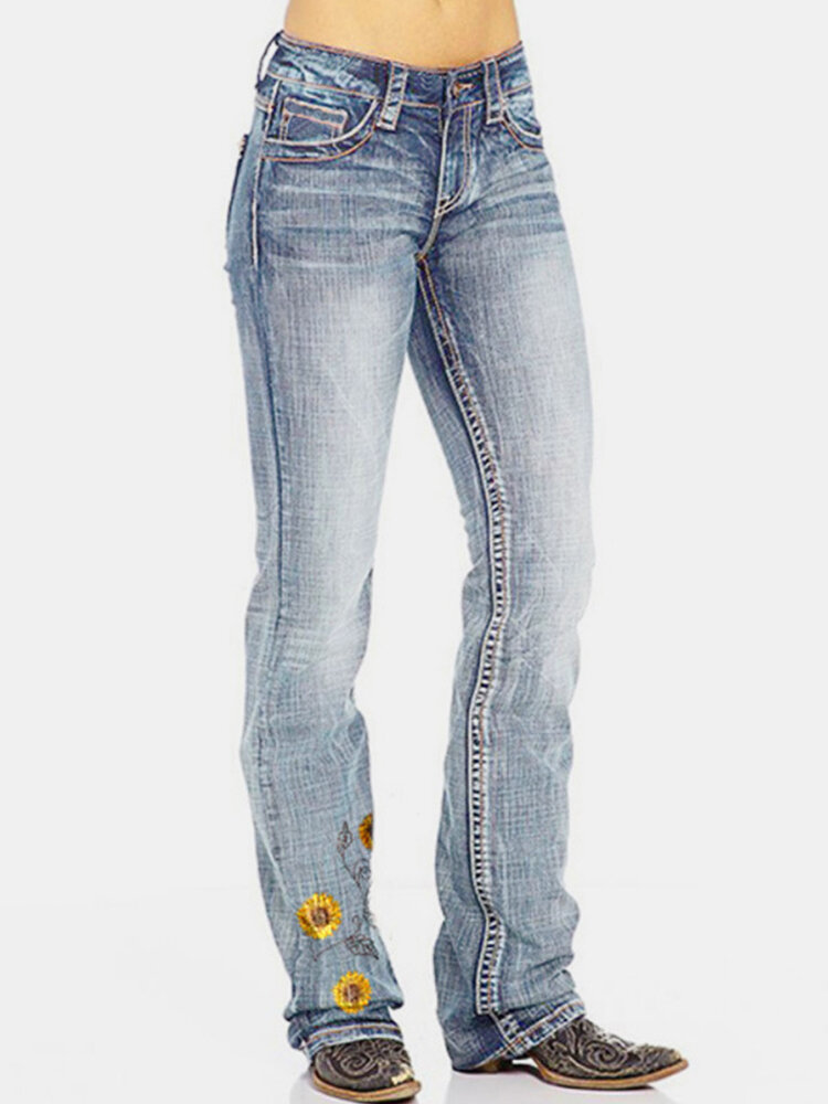 Flower Embroidered Pockets Casual Jeans For Women