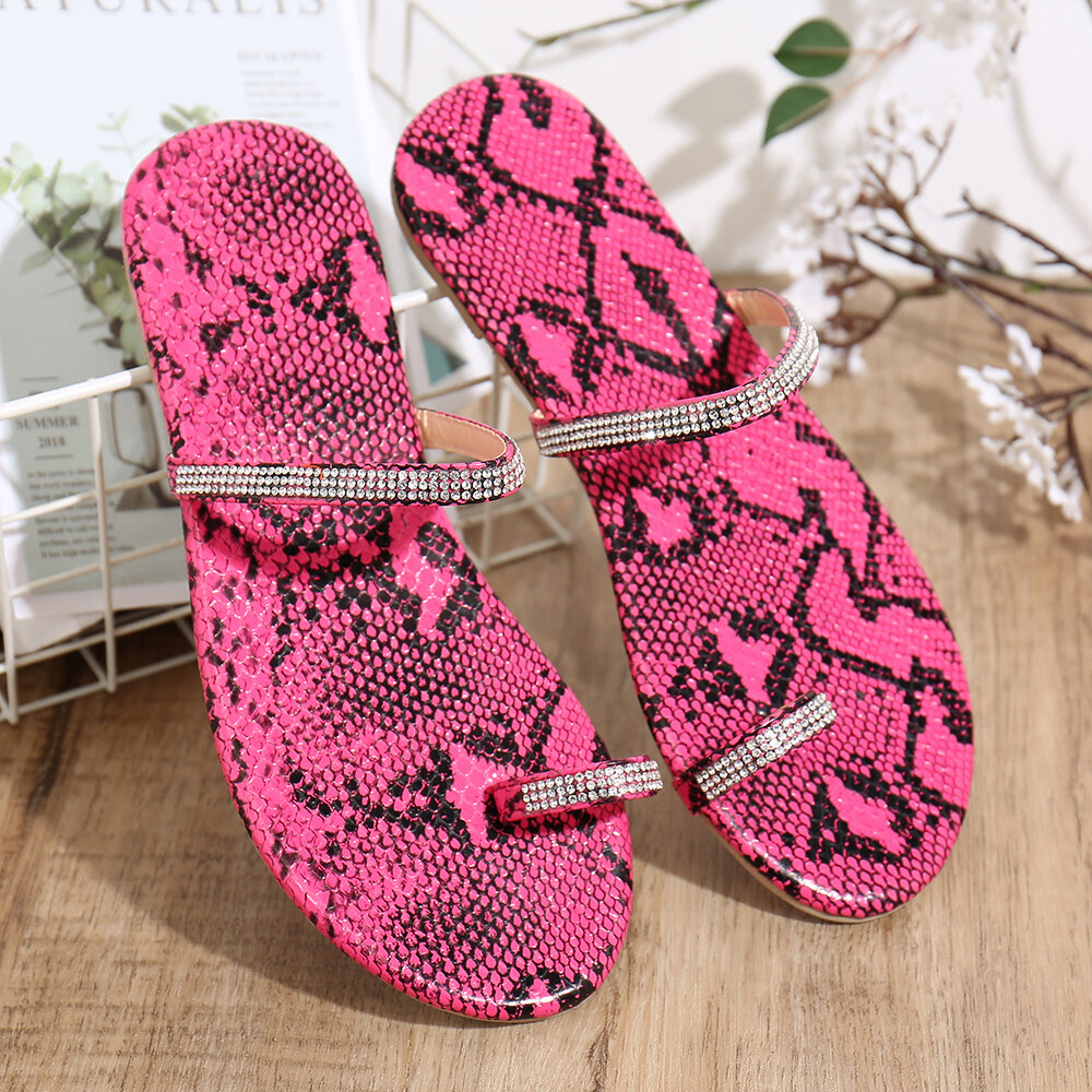 Women Clip Toe Ring Fashion Color soles Rhinestone Band Flats Slippers
