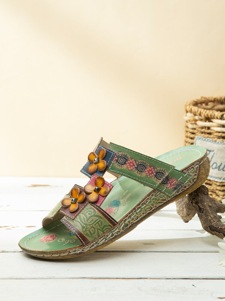 Socofy Bohemian Flower Decor Leather Hook Loop Hand Made Comfy Soft Flat Sandals