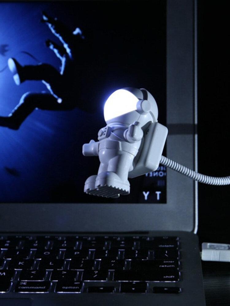 Astronaut LED Night Light Astronaut USB Night Light Creative USB Book Light Computer Desk Lamp