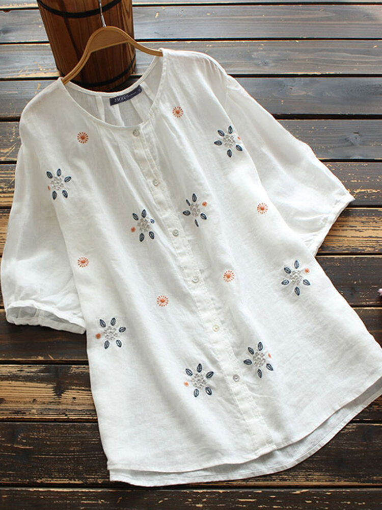 Floral Embroidery O-neck Button Short Sleeve Women Loose Blouse