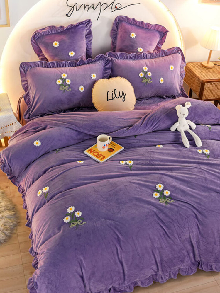 4Pcs Flannel Floral Overlay Towel Embroidery Autumn And Winter Warm Comfy Bedding Milk Velvet Series Kit
