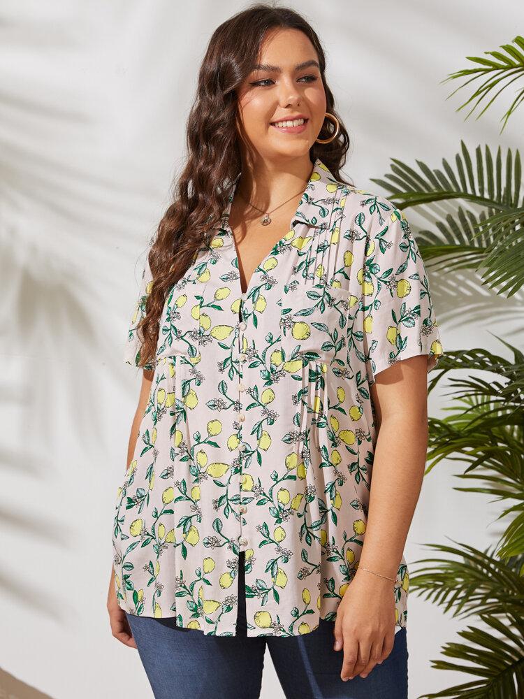 V-образный вырез со складками и цветочным принтом Кнопки Plus Размер Holiday Рубашка