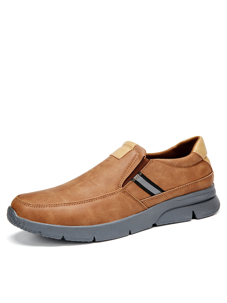 Men Comfy Microfiber Leather Slip-on Business Casual Shoes