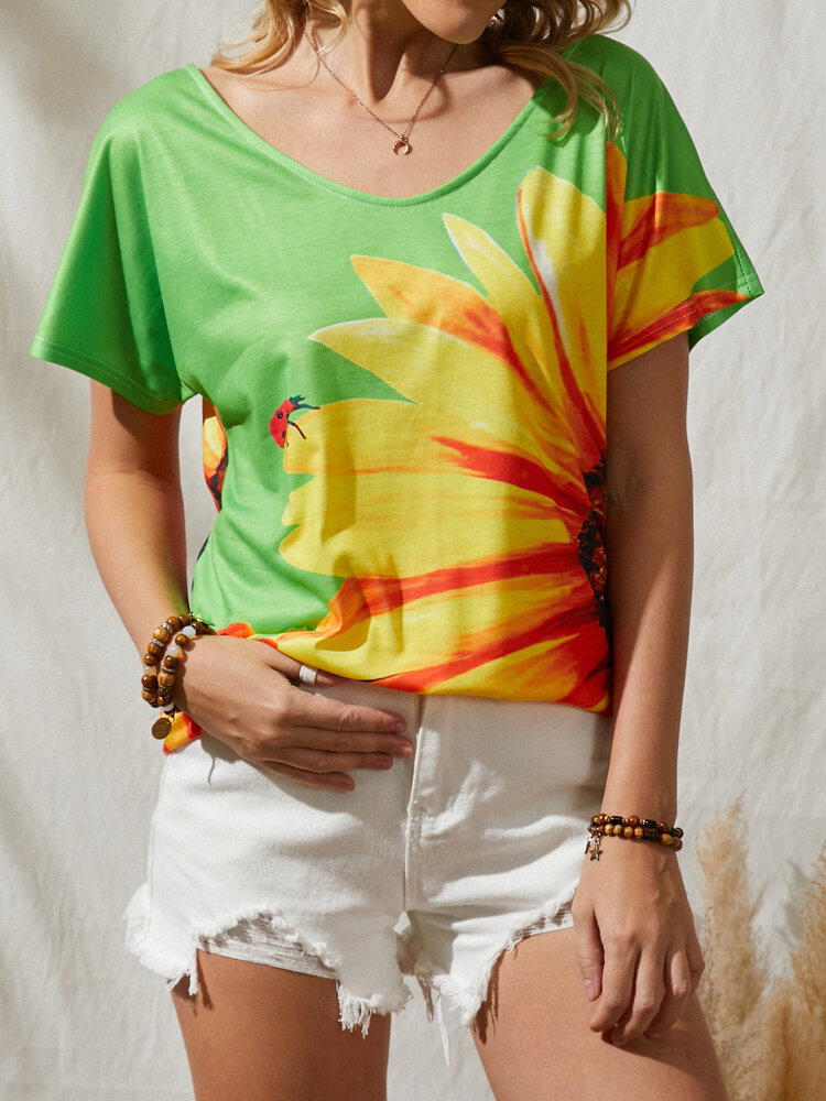 Calico Insect Print V-neck Short Sleeve Loose T-Shirt For Women