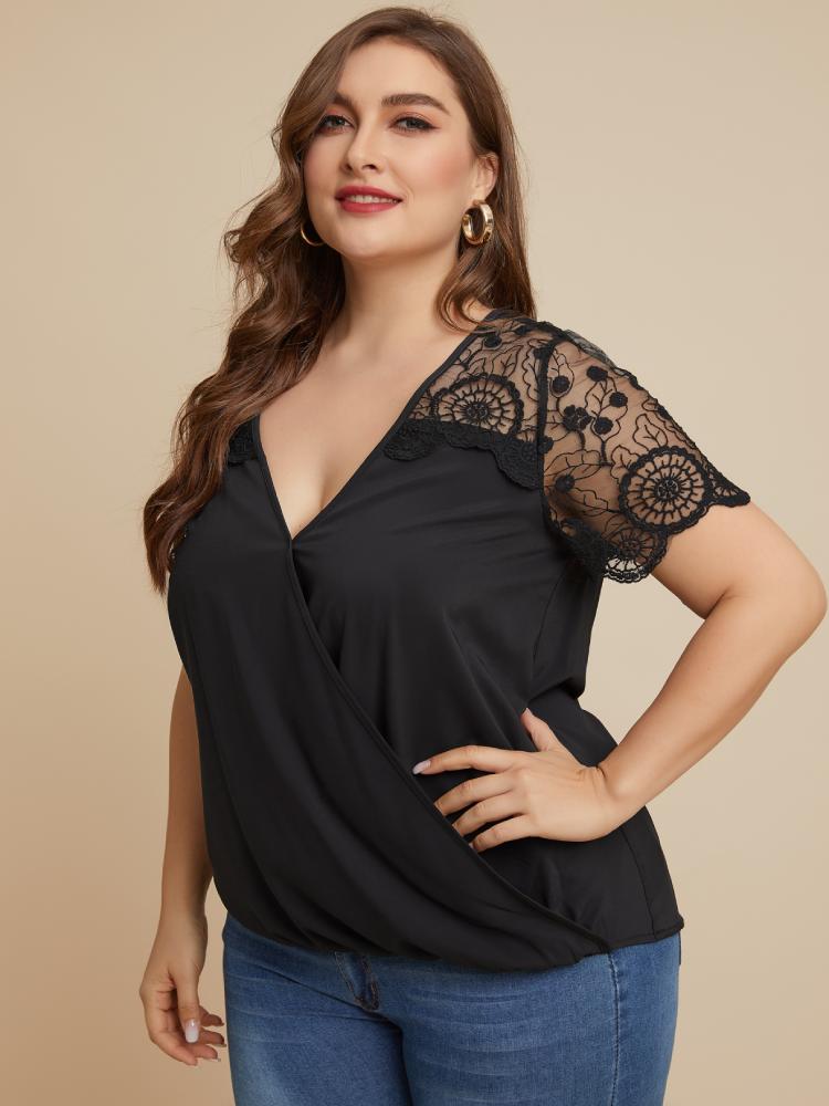 Lace Patchwork V-neck Short Sleeve Plus Size Blouse for Women