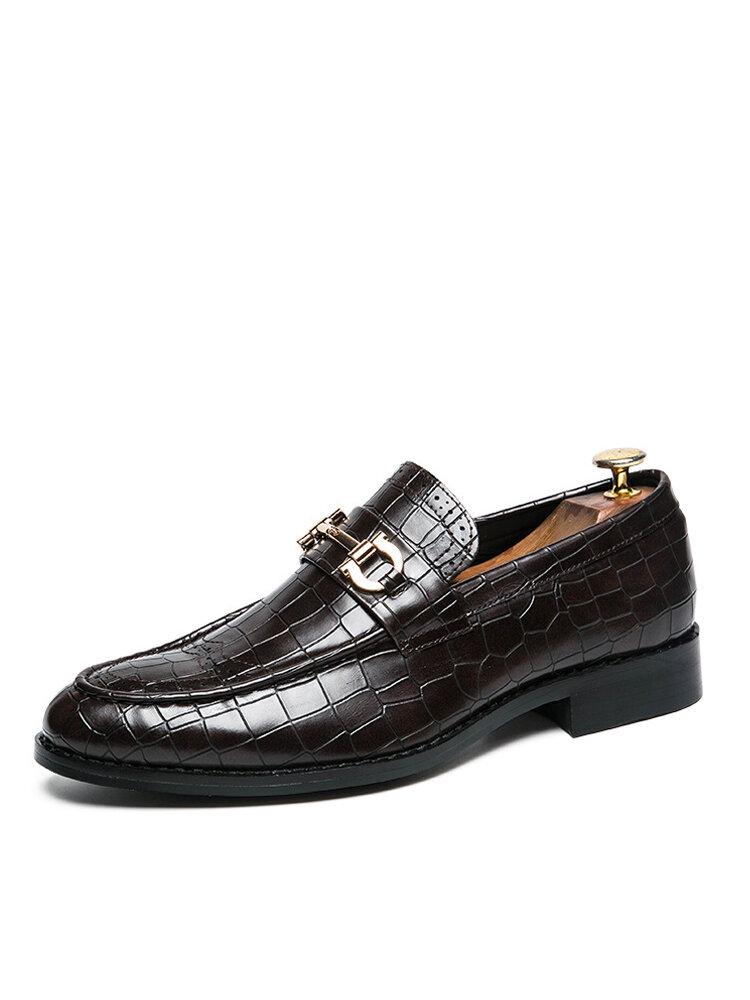 Men Retro Alligator Veins Pointed Toe Hard Wearing Casual Business Shoes