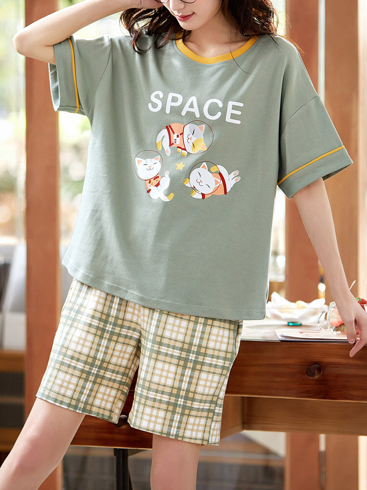Wome Contrast Cartoon Bear Printed Crew Neck Cotton Pajamas Sets With Shorts