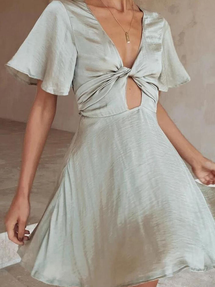 Solid Color Deep V-neck Short Sleeve Knotted Sexy Dress