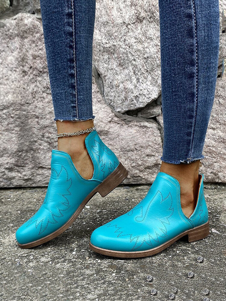 Large Size Women Casual Breathable Special Pattern Design Ankle Boots