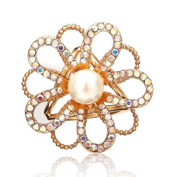 Hollow Pearl Crystal Flower Scarf Buckle