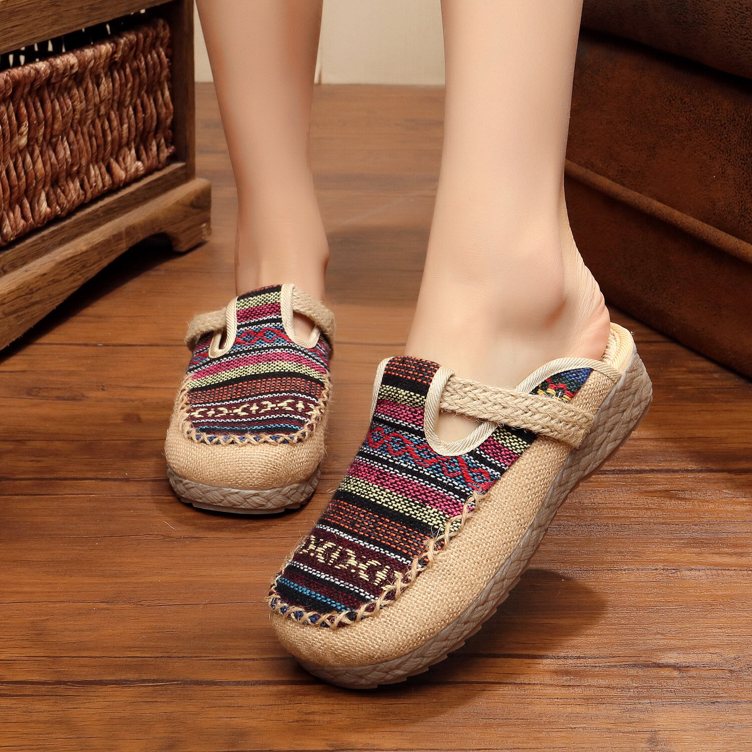 Women  Old PeKing Shoes Casual  Slippers