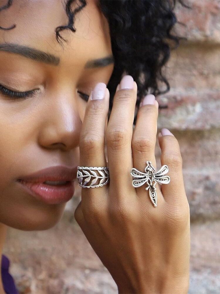 2 Pcs Vintage Hollow Leaves Dragonfly Alloy Rings