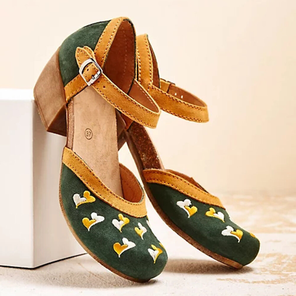Plus Size Women Comfy Closed Toe Embroidered Buckle Strap Pumps